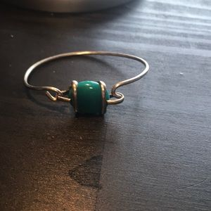 Jewelry - ⭐️bundle only⭐️ Silvertone and teal-green bracelet